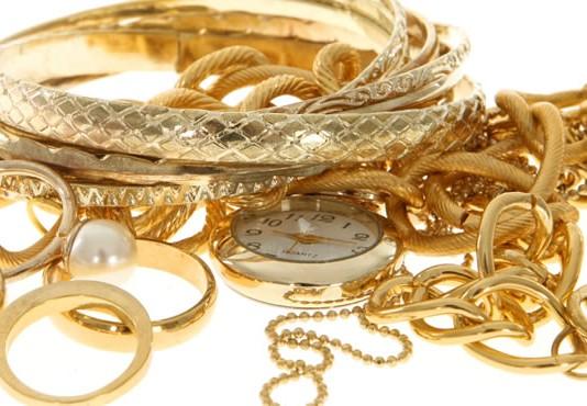 Hvordan vælger du smykker til kæresten sådan